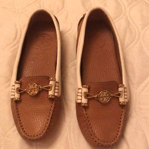 Loafers like new. Size 5